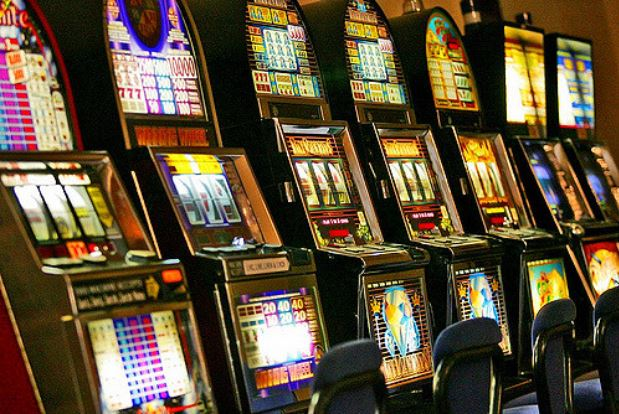 Normativa slot machine 2015